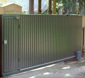 Откатные (раздвижные) ворота из профнастила